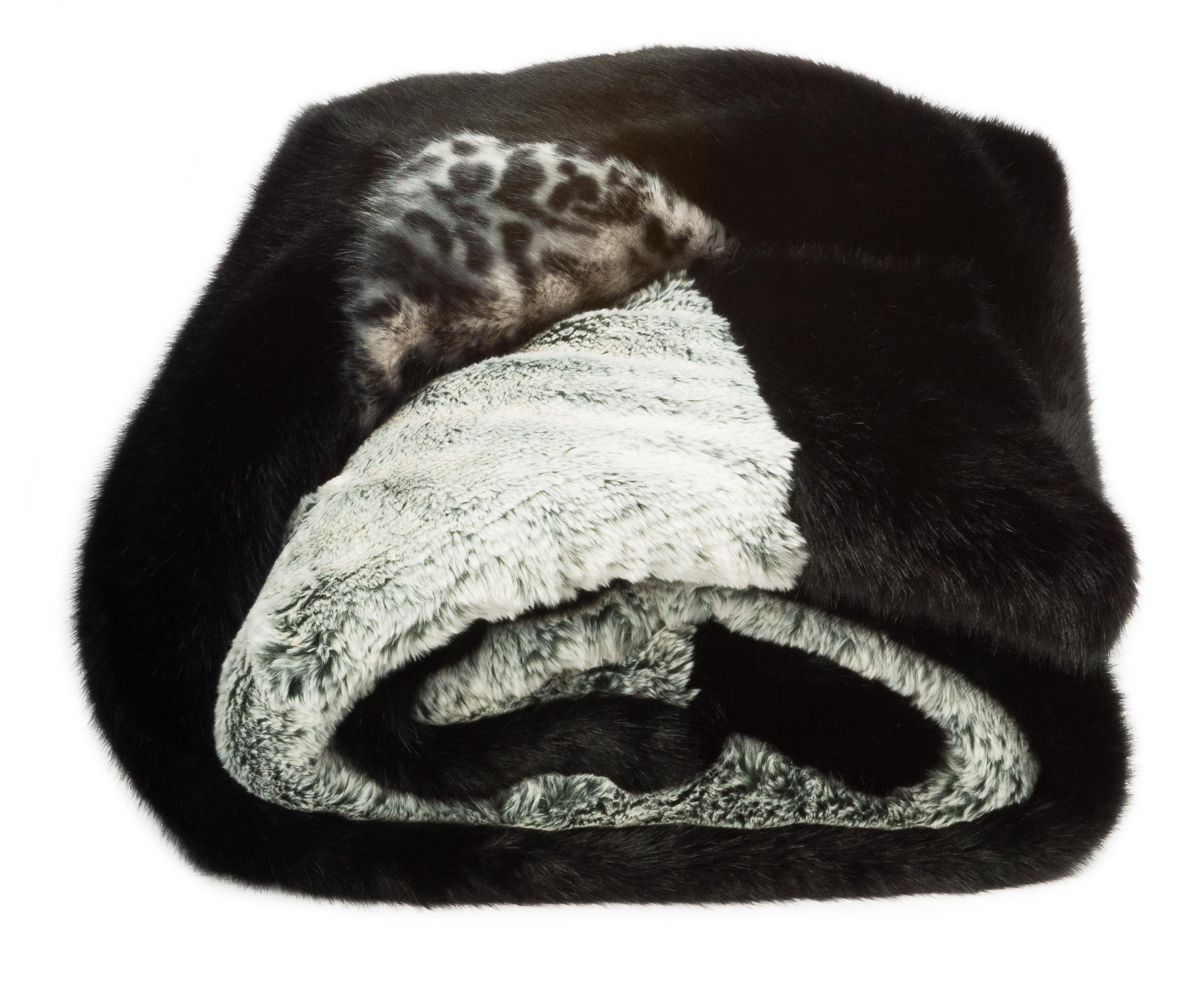 Reversible Faux Fur Throw White Cheetah
